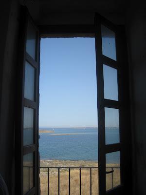 Una finestra sulla terra di puglia - Rivestire i davanzali delle finestre ...