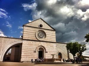Assisi, Basilica di Santa Chiara per la visita di Papa Francesco