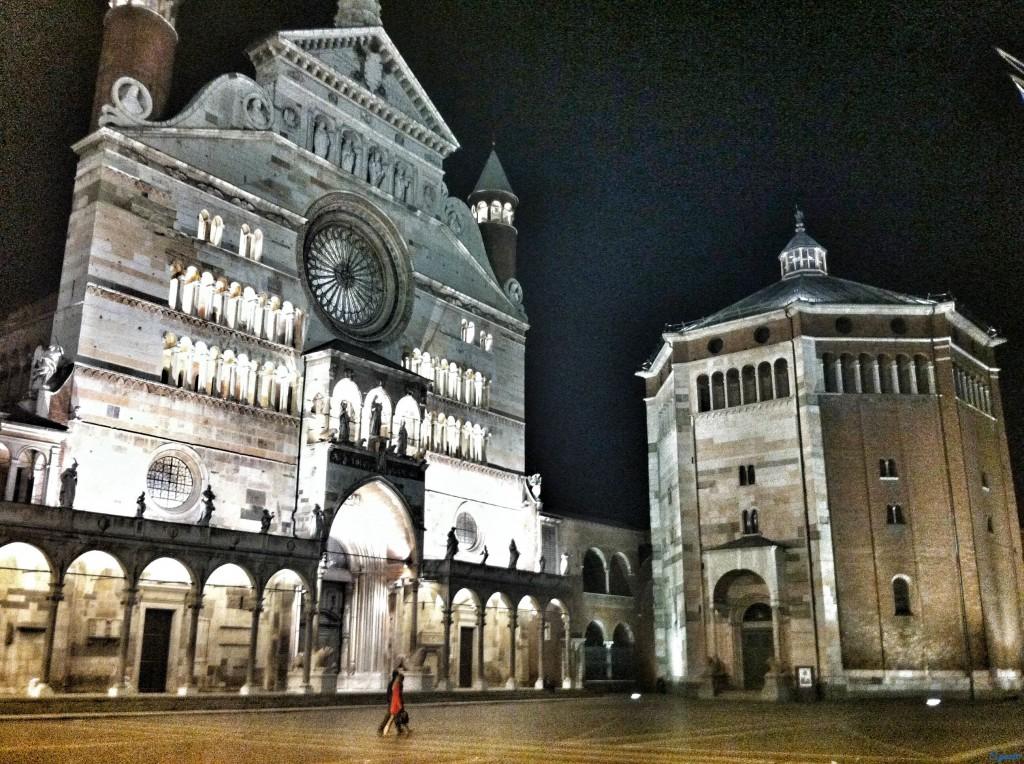 Cremona il torrazzo e il museo del violino - Immagini violino a colori ...