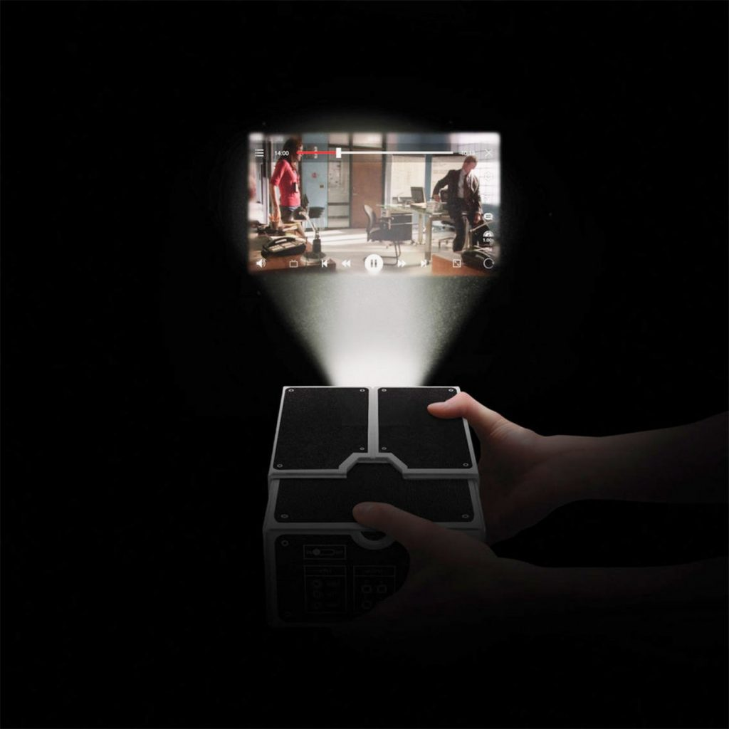 proiettore-di-cartone-per-smartphone-460